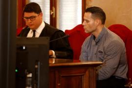 «Decidí plantarles cara para pararlos, no para pelear», dice el acusado de un homicidio en Gomila