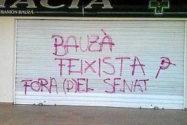 Las pintadas en la farmacia de Bauzá acaban en multa