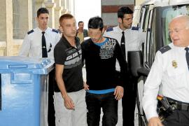 El acusado de atropellar a un joven en el paseo Marítimo acepta 2 años de prisión