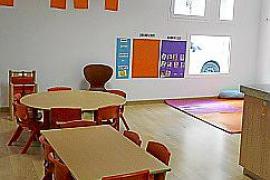 Preocupación entre padres y profesores de la escoleta de la Gola ante un posible despido del personal