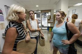 Las madres afectadas de Can Misses se reúnen con Margalida Ferrer