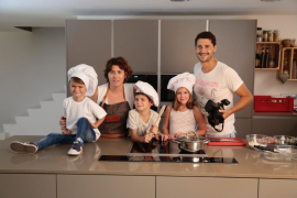 La chef Macarena de Castro y el fotógrafo Nando Esteva crean un recetario solidario