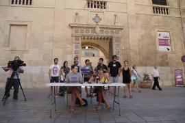 Las feministas piden que se absuelva a las procesadas