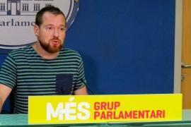 MÉS: «El recurso contra el impuesto turístico demuestra que la guerra de los hoteleros es política»