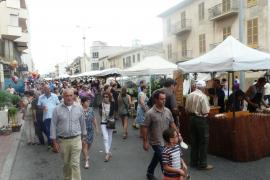 La Fira Pagesa exhibe todo el potencial comercial de la zona de ses Avingudes
