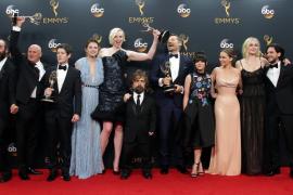 'Juego de tronos' y 'Veep' vuelven a coronarse en los premios Emmy