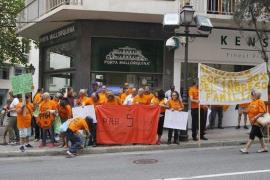 Los afectados por los desahucios piden la dimisión de Maria Antònia Garcias «por falta de sensibilidad»
