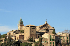 Patrimoni no legaliza unas obras en la Cartoixa que alteran su imagen exterior