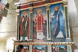 La iglesia de Santa Creu recupera tres de sus piezas más 'castigadas'