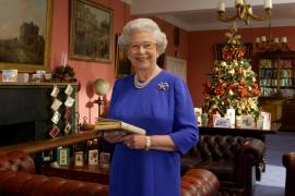 Isabel II cancela la fiesta de Navidad de sus empleados por la crisis