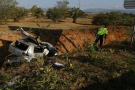 Dos fallecidos en un accidente de tráfico en la autopista de Inca