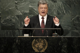 El presidente ucraniano acusa a Rusia de patrocinar a grupos terroristas al este del país