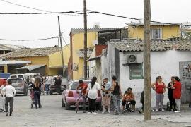 Hasta 24 familias de Son Banya piden ayuda a Cort para dejar el poblado