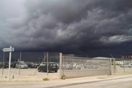 El 112 ha atendido 14 incidentes esta madrugada por las tormentas