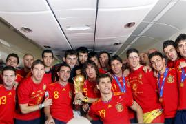Ni el Barça ni el Real Madrid permiten a sus jugadores recoger el Príncipe de Asturias