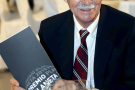 Eduardo Mendoza logra el Planeta con una novela sobre la búsqueda de un Velázquez