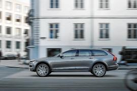 Volvo Cars completa la gama de la serie 90 con el nuevo V90 Cross Country