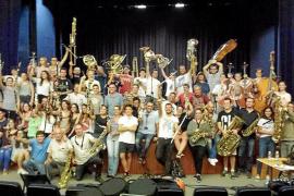 La Simfònica Ciutat d'Eivissa graba su primer cd para celebrar sus 25 años de historia