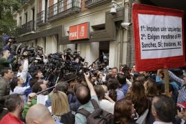 Sánchez propone un congreso en noviembre y primarias en octubre