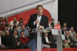 Zapatero avisa a Rajoy de que seguirá en la oposición