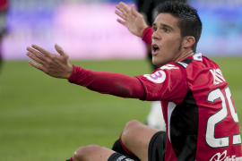 Luis García asalta la fortaleza de Son Moix