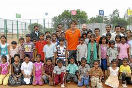 Rafa Nadal inaugura en la India una escuela  de educación integral de la Fundación Vicente Ferrer