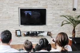 Sube el consumo televisivo en España hasta las tres hora y media diarias