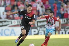 El Mallorca pierde en un partido gris frente a un Lugo no mucho mejor