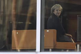 La primera ministra británica activará el artículo 50 para salir de la UE a final de marzo de 2017