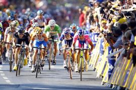 El Tour de 2011 reduce la lucha contra el crono