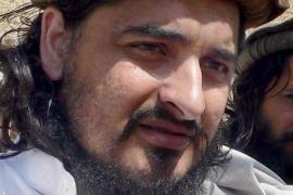 El líder de los talibanes escapa de un ataque de EEUU con misiles