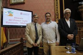 Una conferencia conmemora el centenario del primer vuelo Península-Mallorca