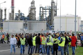 Sarkozy ordena reabrir todos los depósitos de combustible bloqueados