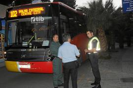 Un chófer de la línea Palma-Andratx es agredido por el marido de una pasajera con quien discutió