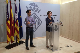 El PP acusa a Hila de «dar la espalda» a las familias necesitadas