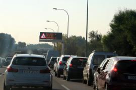 Consell y DGT abren en «periodo de observación» la salida del Coll en la autopista del aeropuerto
