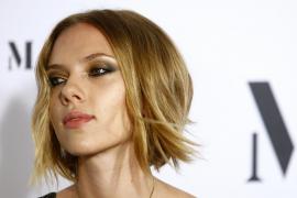 Scarlett Johansson seduce a Barcelona... y a Artur Mas