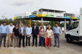 Emaya presenta la nueva gasolinera para el abastecimiento de los vehículos a gas