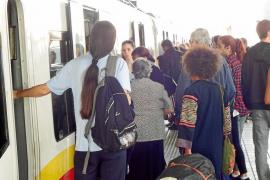 Los trabajadores de tren endurecerán los paros al no llegar a un acuerdo