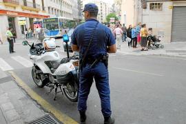 Detenido un hombre en Palma tras golpear a su mujer con una guitarra en la cabeza