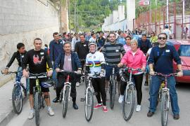 Gran acogida del carril bici que une el centro de la ciudad con el instituto