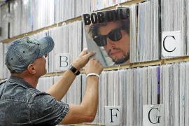 División de opiniones entre los escritores mallorquines por el Nobel de Literatura a Bob Dylan
