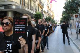 A21 marcha contra la explotación sexual en Palma, donde denuncia que más de 1.700 mujeres ejercen la prostitución