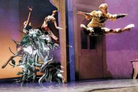 La compañía Pasodos baila un familiar 'El principito' en el Teatre Principal