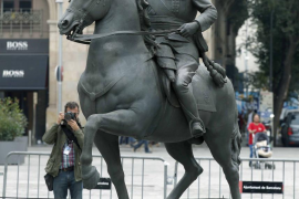 La exposición 'Franco, Victòria i República. Impunitat i espai urbà' abre sus puertas con polémica