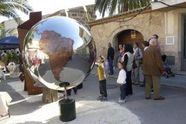 Artesanos y empresarios locales impulsan sus productos en la Mostra