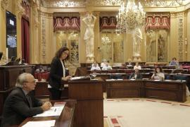 El Parlament aumenta un 10,4 % el techo de gasto para 2017 y lo situa en 3.840 millones