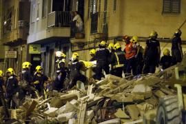 La causa del derrumbe en la calle Rodríguez Arias, del que hoy hace un año, se conocerá en semanas