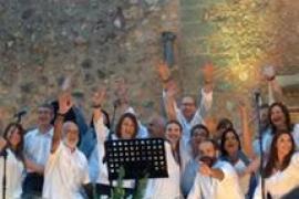 Concierto solidario de 'Quatre Llunes' en Alcúdia