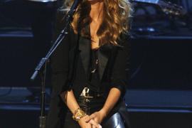 Celine Dion, madre de dos niños mellizos a los 42 años